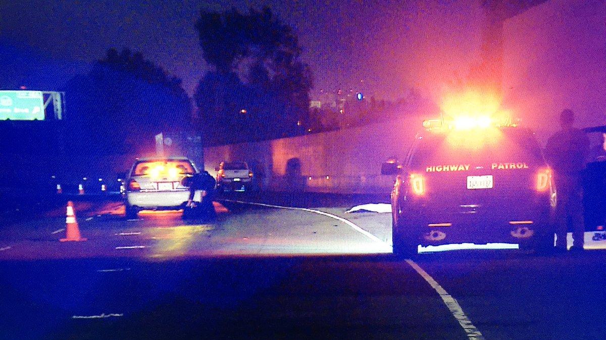 Atropellan fatalmente a un peatón en la Autopista 405 en Lawndale