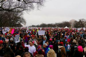 VIDEO: Millones de mujeres participan en marcha de resistencia contra Trump