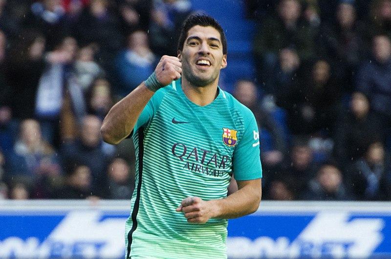 Luis Suárez encabeza la lista de goleadores de la Liga española.