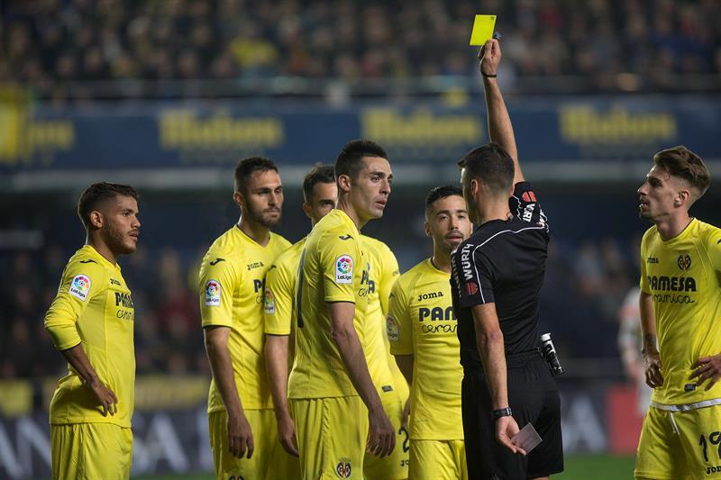 Para muchos el Villarreal fue perjudicado por el cuerpo arbitral en su partido contra el Real Madrid.