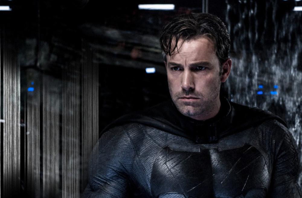 Ben Affleck personificando a Batman