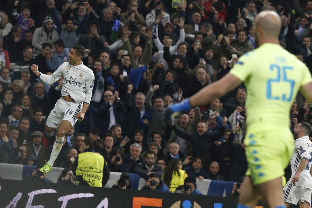 Casemiro consiguió un golazo en favor del Real Madrid contra el Nápoli.