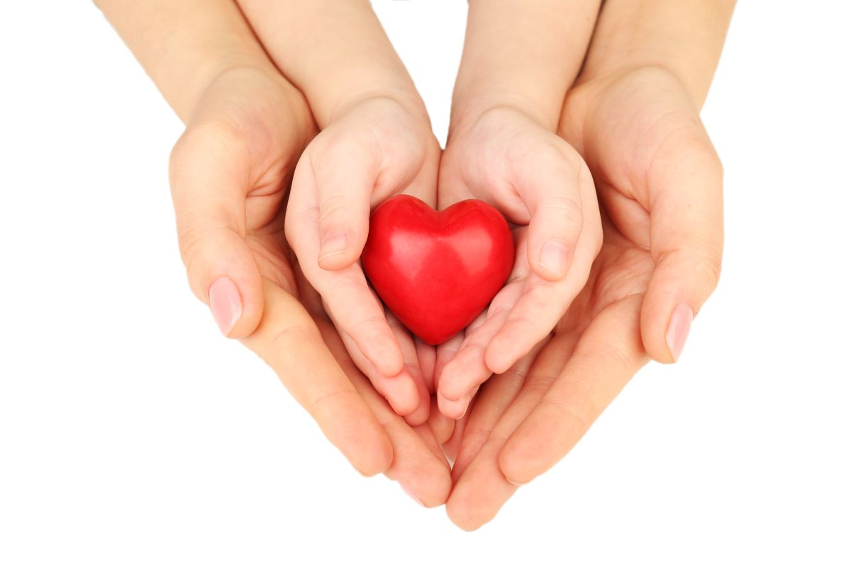 El cuidado de la salud del corazón empieza desde la infancia y recae en los padres esa tarea.