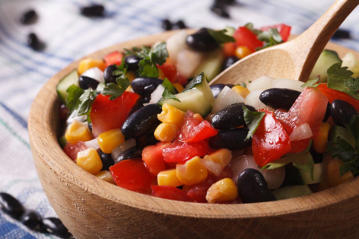 Los frijoles son un alimento muy accesible, versátil y un tesoro nutricional, son ricos en proteínas, fibra y minerales.