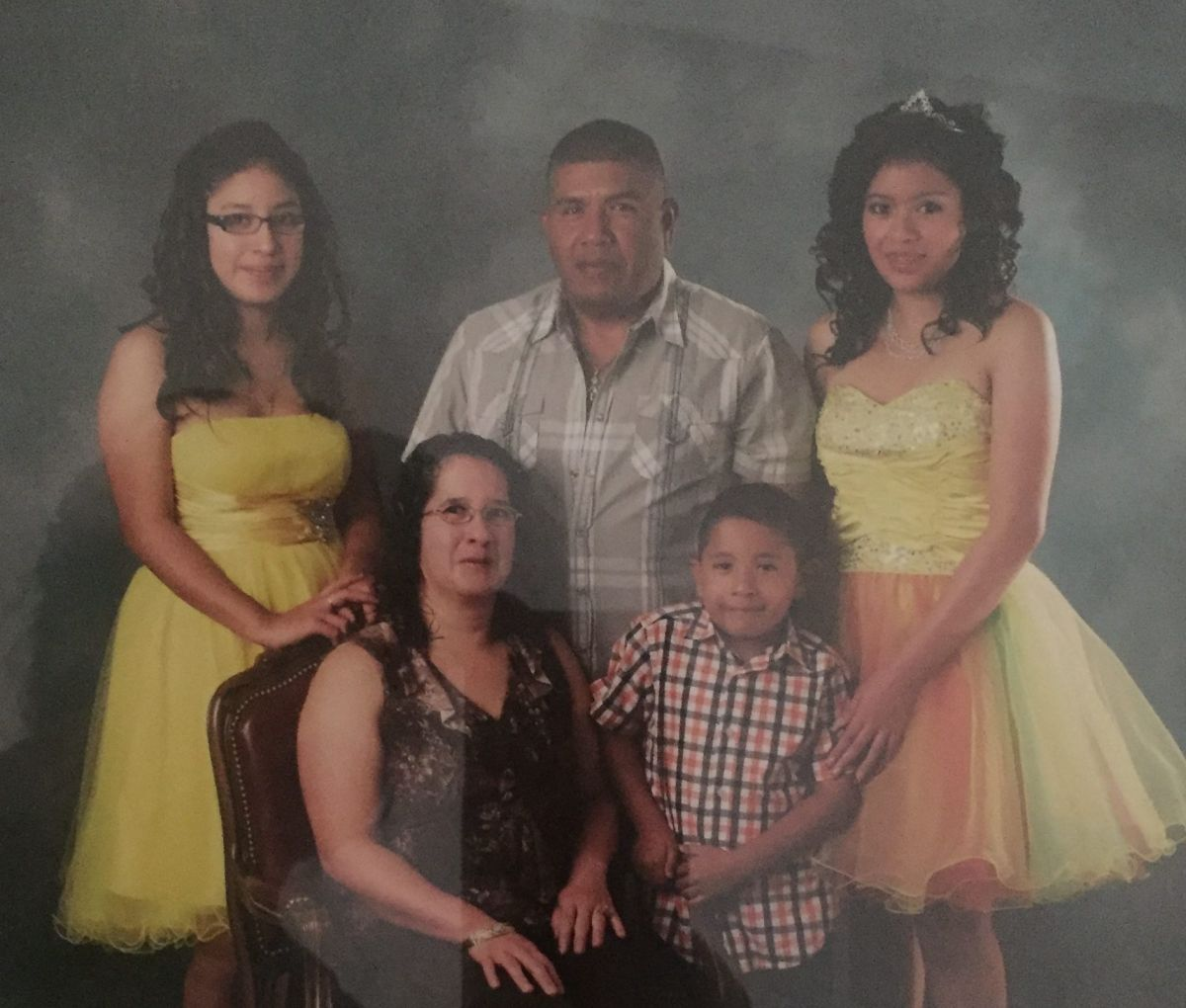 Los operativos realizados por el Servicio de Migración y Aduanas (ICE) separaron a la familia Loeza al llevarse detenido al jefe de la familia Saúl Loeza Cisneros.