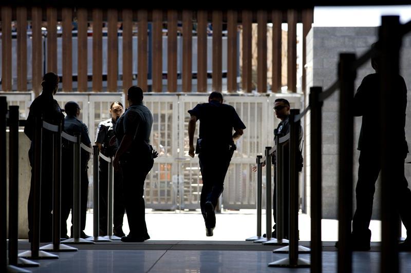 Entregan cuerpo de mexicano deportado que se suicidó