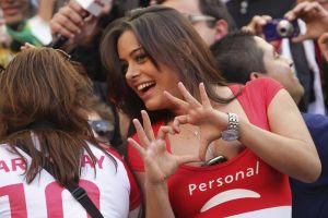 Larissa Riquelme promete desnudarse si Jaguares de Chiapas llega a la final del Clausura 2017