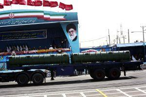 Irán prueba arma nuclear después de veto de Trump