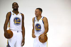 Kevin Durant estalla las redes por darle like a un comentario contra Curry