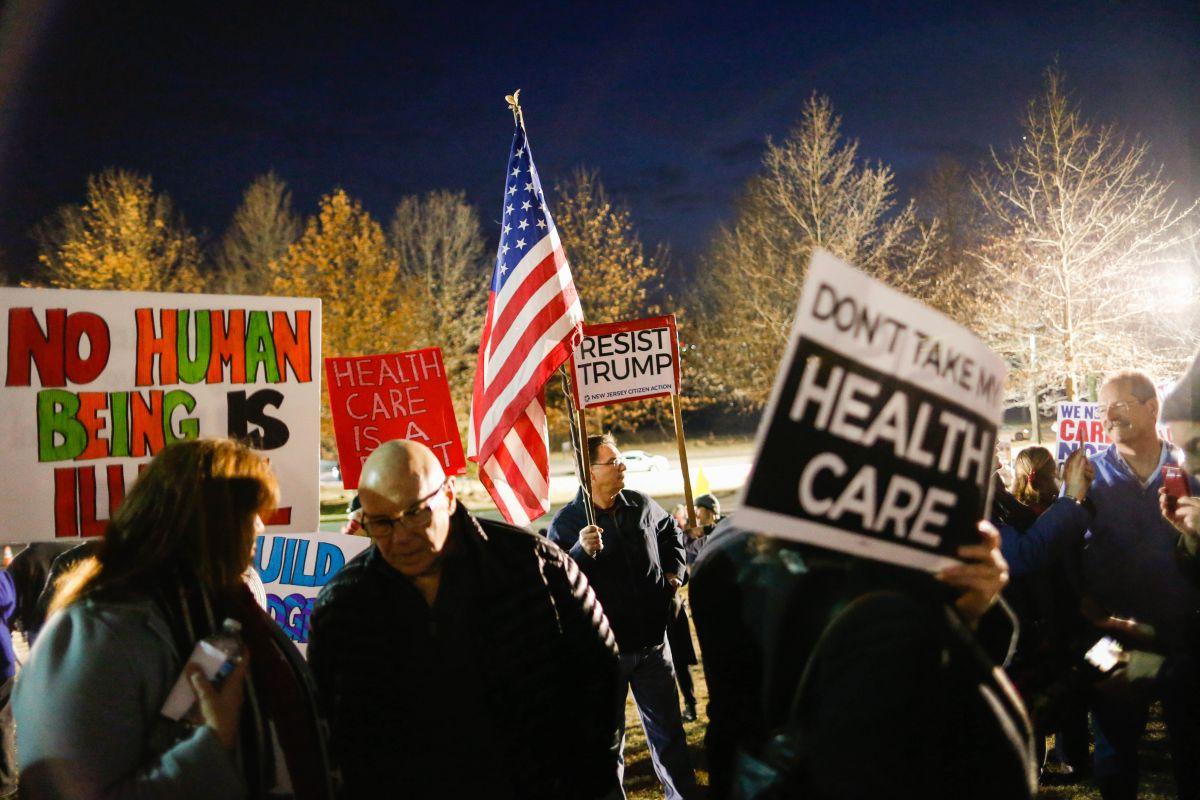 Trump quiere terminar con Obamacare.