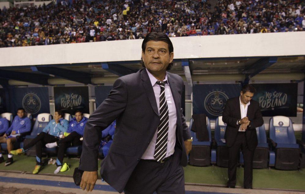 Cardozo utiliza última tecnología para tratar de salvar al Puebla del descenso.