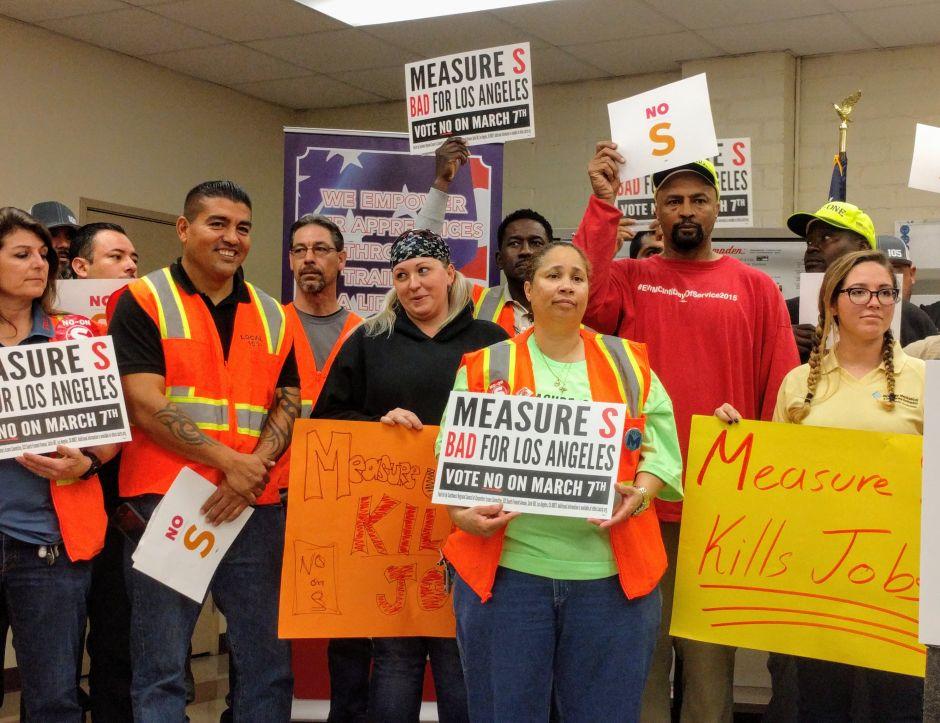 Trabajadores de construcción dicen No a la Medida S