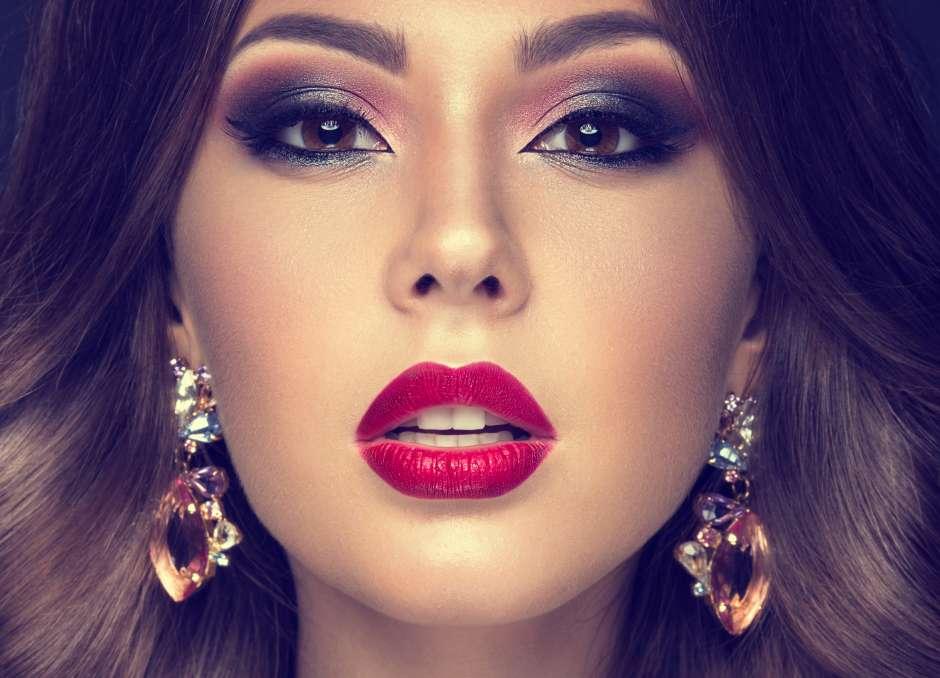 La tendencia del 'look de los labios audaces' favorece a la mujer latina, que por lo general, tiene labios gruesos.