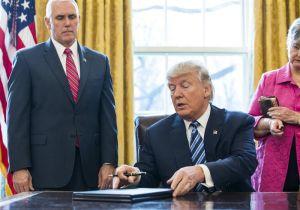 Escudriñan órdenes migratorias de Trump y preparan demandas legales