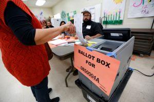 Ofensores sexuales demandan a Los Ángeles por no permitirles trabajar en casillas electorales
