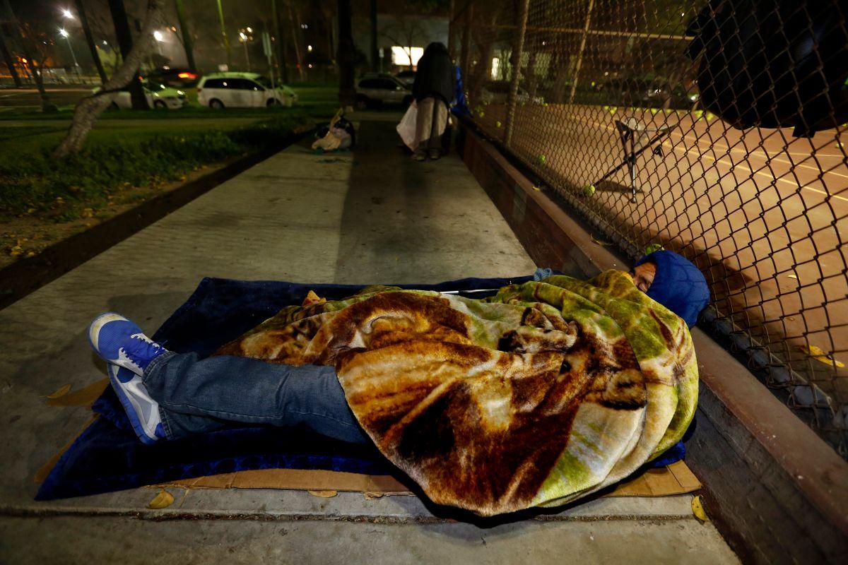 Aumenta en 23% la indigencia en Los Ángeles