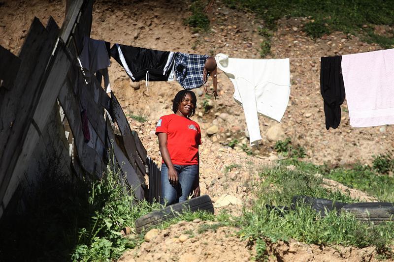 """Frenan construcción de """"Little Haití"""" en Tijuana"""