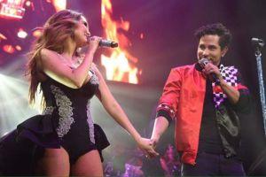 Video: Dulce María enloqueció a sus fans cantando con Christian Chávez