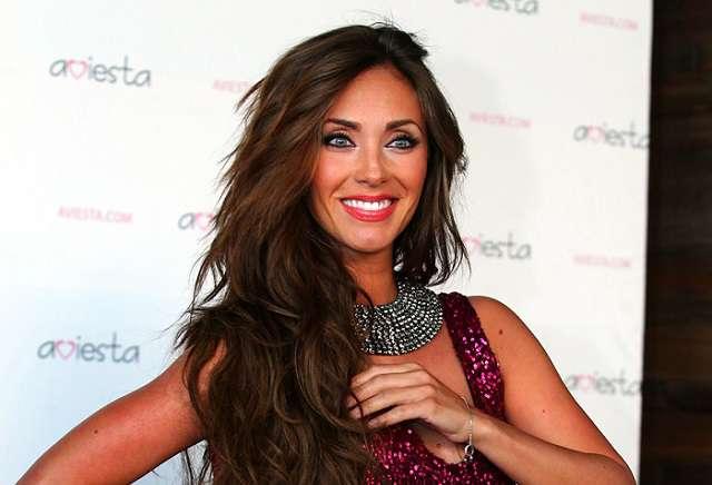 Anahí critica las cirugías plásticas de Kim Kardashian