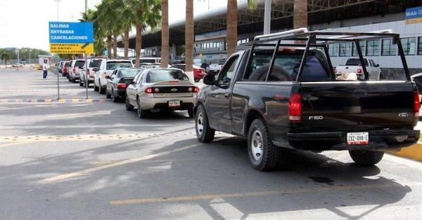 Imponen cárteles control aduanero en México