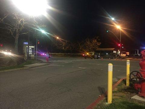 Mata a su hija de 8 años y se suicida en estacionamiento de centro comercial