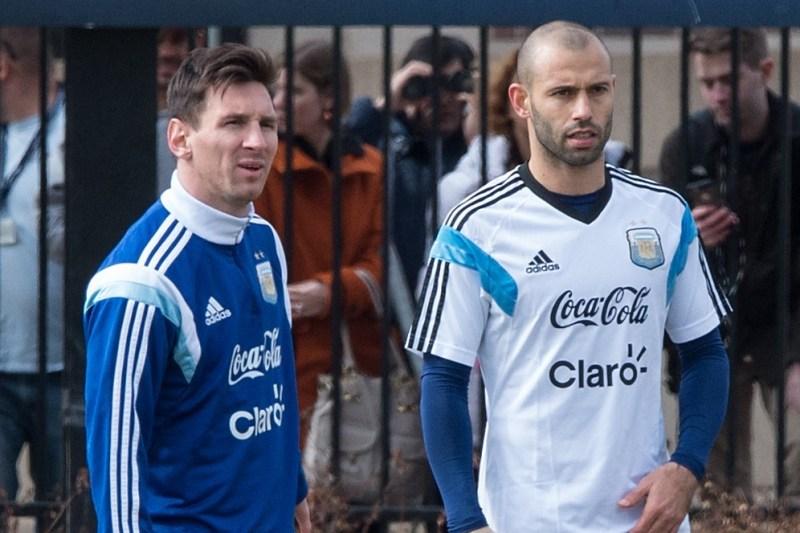 Lionel Messi y Javier Mascherano, dos grandes referentes de Argentina, pero también dos grandes dolores de cabeza.