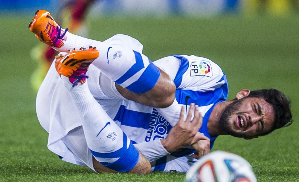 El delantero mexicano Carlos Vela se lesionó durante la práctica de la Real Sociedad.