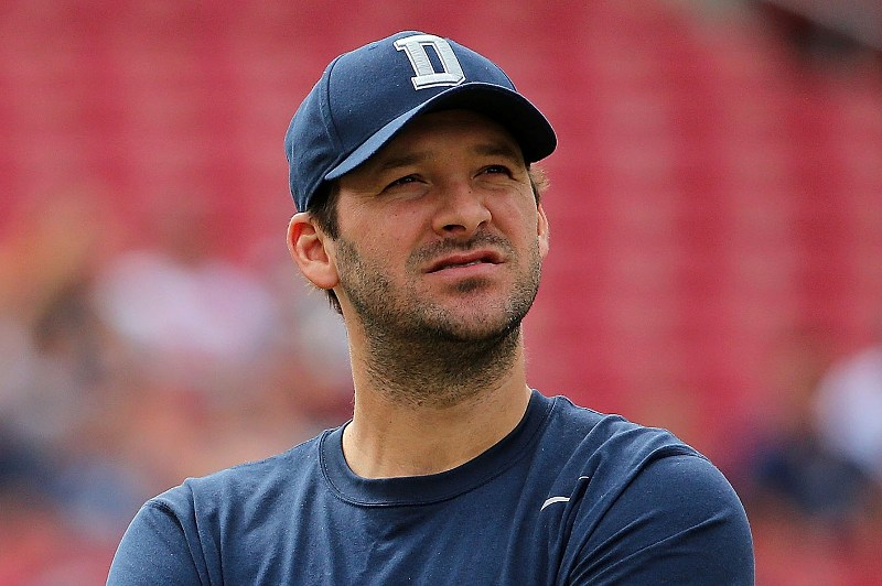 Tony Romo deshoja la margarita.