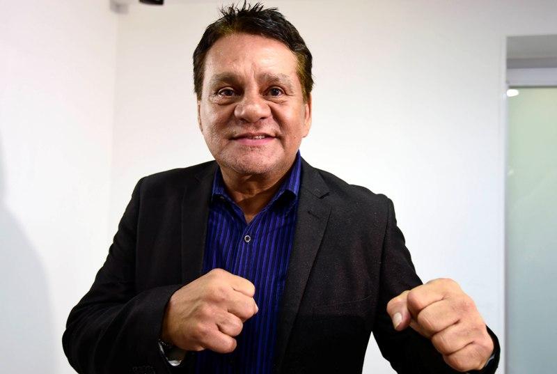La leyenda del boxeo, Roberto Durán, pide darle un KO al coronavirus y seguir las recomendaciones