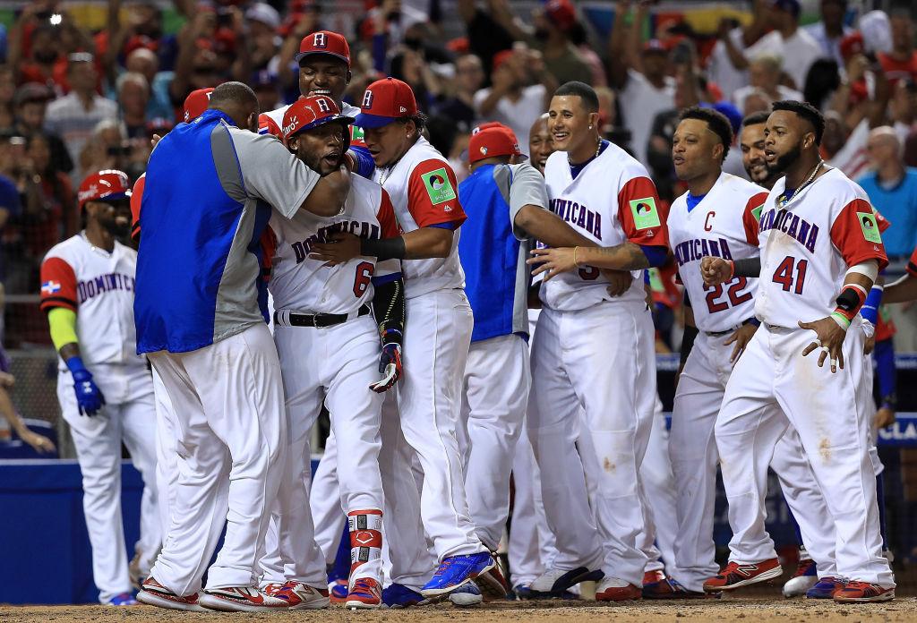 República Dominicana defiende el título de favorito con increíble voltereta a EEUU