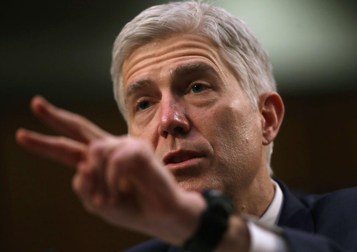Demócratas bloquean voto preliminar sobre juez Neil Gorsuch