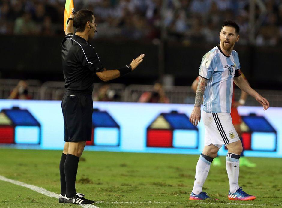 El plan de Messi para reducir la sanción de cuatro partidos que le impuso FIFA