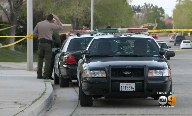 Hombre es acusado de atacar a su madre y acuchillar a muerte a su abuela