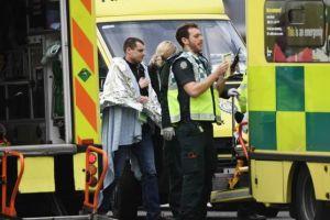 """Las primeras imágenes del """"incidente terrorista"""" frente al Parlamento británico en Londres"""