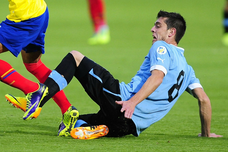 En la foto, el 'suavecito' Alejandro Silva vuelve a la 'celeste' llamado por Tabarez.