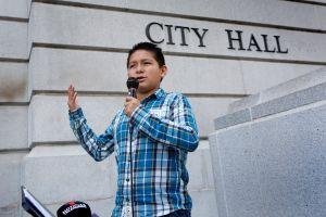 El niño de 12 años que pide que Trump sea considerado persona non grata en Los Ángeles