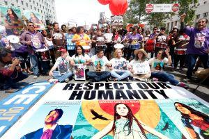 'La caravana contra el miedo' llegó a Los Ángeles a denunciar al Sheriff