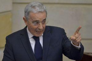 Trump se reúne con Álvaro Uribe y Andrés Pastrana en EEUU