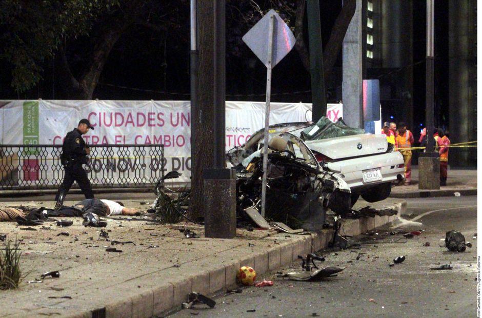 Video: Cuatro muertos, dos de ellos decapitados, deja choque en México