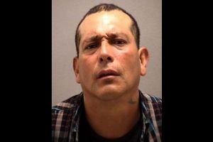 Ingresó ilegalmente a EEUU por tercera vez, y al día siguiente fue arrestado por intento de robo