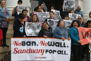 Piden que centros de trabajo sean santuario de inmigrantes y se respeten derechos laborales