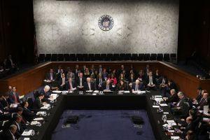 """Republicanos desatan """"opción nuclear"""" para confirmar a juez al Tribunal Supremo"""