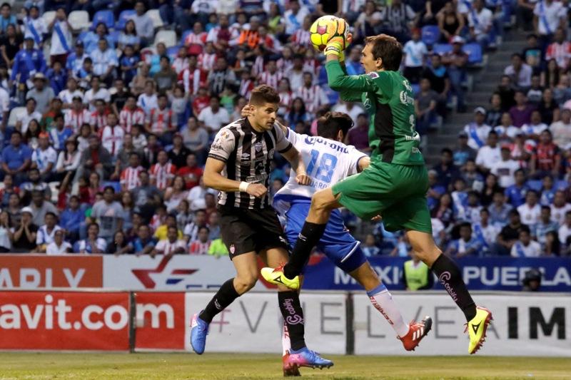 Marcelo Barovero fue el jugador del partido entre Necaxa y Puebla.