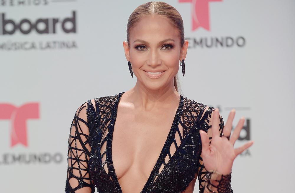 "Mira la foto de Jennifer López junto a ""sus tres niñas favoritas"""