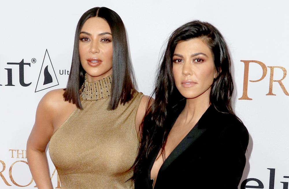 Duelo de hermanas Kardashian en traje de baño