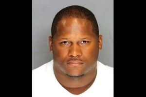 Cuando era agente del orden, este policía habría violado a 5 mujeres