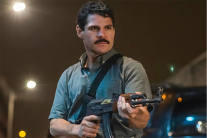 """Los narcos quieren hacer negocios con el actor de la teleserie """"El Chapo"""""""