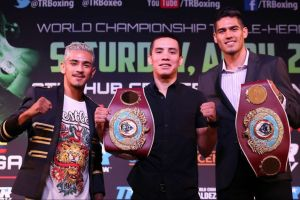 Tres peleadores mexicanos exponen sus coronas en Carson