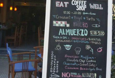 """""""No se permiten perros, ni mexicanos"""", letrero en bar de Uruguay desata polémica"""