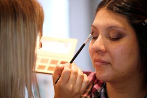 California es el primer estado en prohibir ingredientes químicos de los productos cosméticos